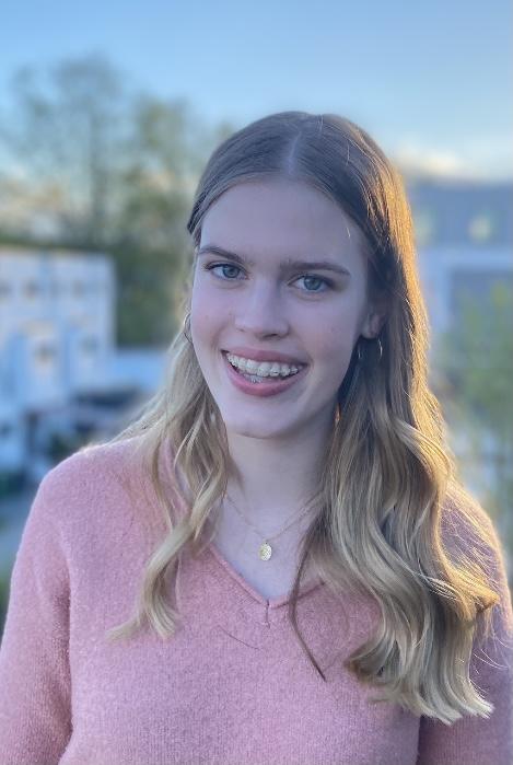 Anna Schiller (15)